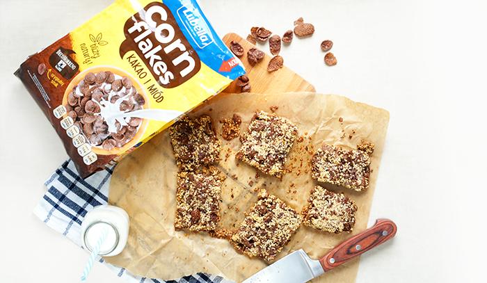 Batoniki śniadaniowe z płatkami Lubella Corn Flakes Kakao i Miód