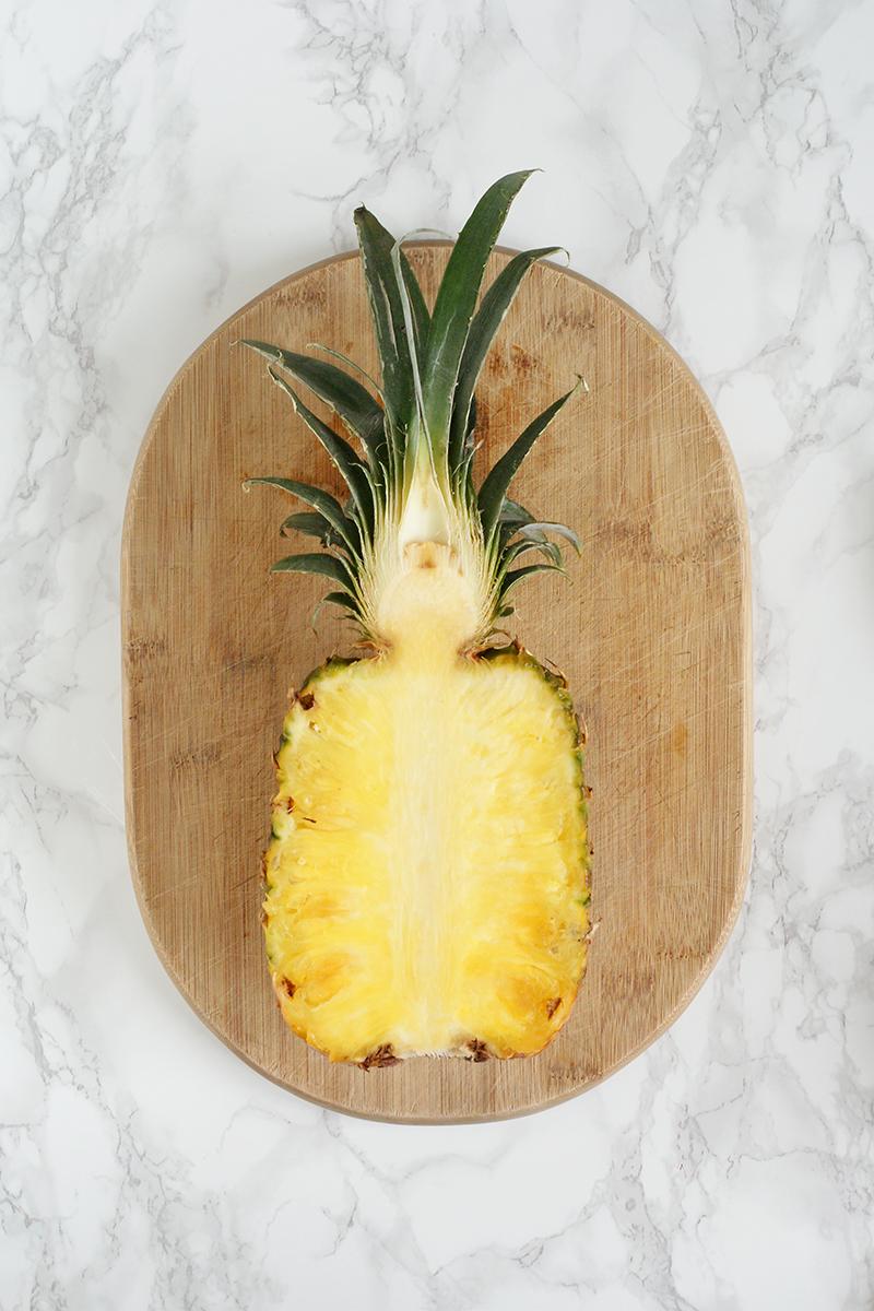 Smoothie ananasowo-pomarańczowe. Jak wybrać dojrzałego ananasa?