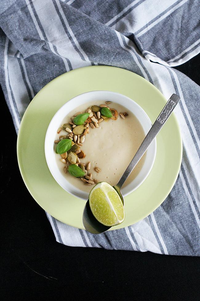 Zupa-krem z pietruszki z gruszką