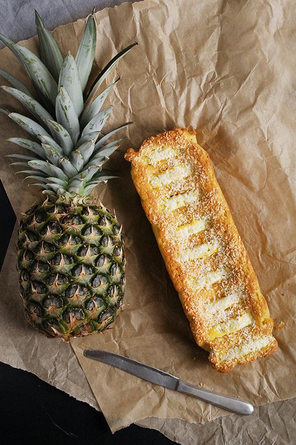 Ciasto z maki kokosowej z ananasem