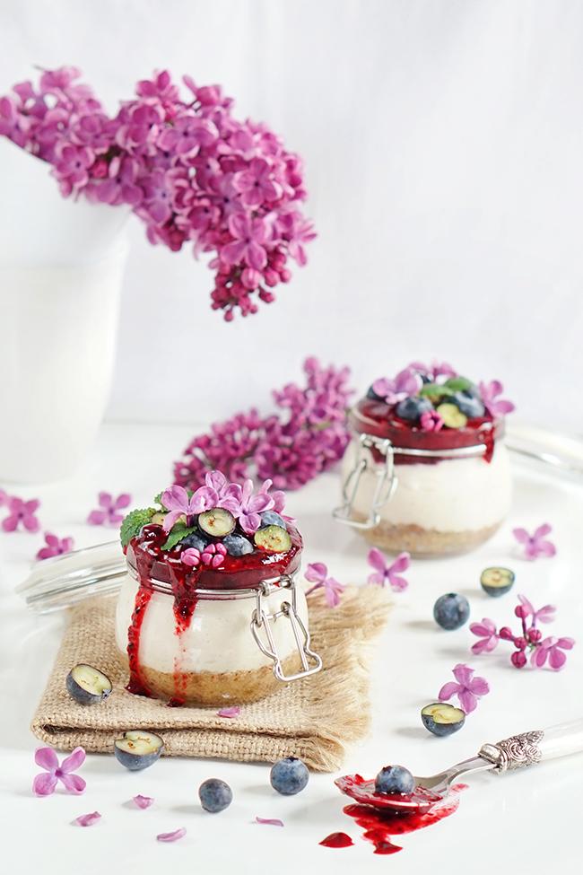 Serniczki z nerkowców z musem owocowym - wege deser