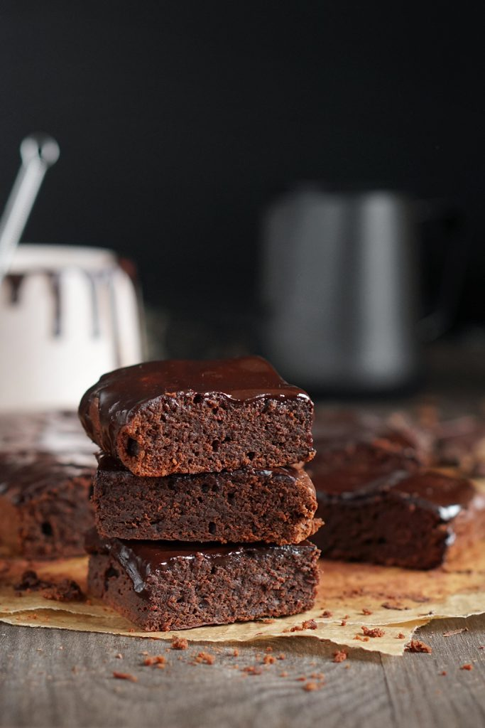 Espresso brownie. Czekoladowe ciasto z super mocą.
